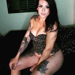 Camila Tatoada