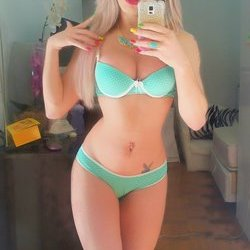 Sabrina 22cm - Câmera Privê