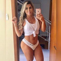 Izabella Queiroz