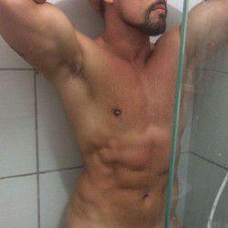 Oliver Hot